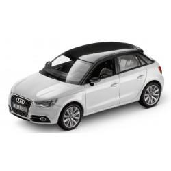 Bonnet Audi noir
